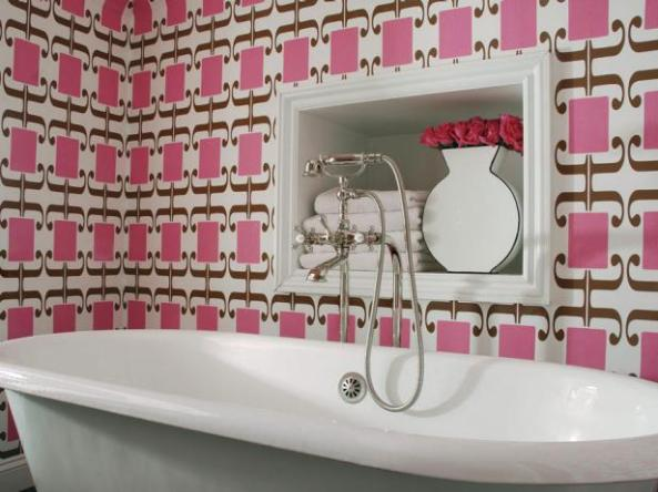original_colorful-bathrooms-caldwell-flake-interior-design-pink-wallpaper_s4x3-1-jpg-rend-hgtvcom-616-462